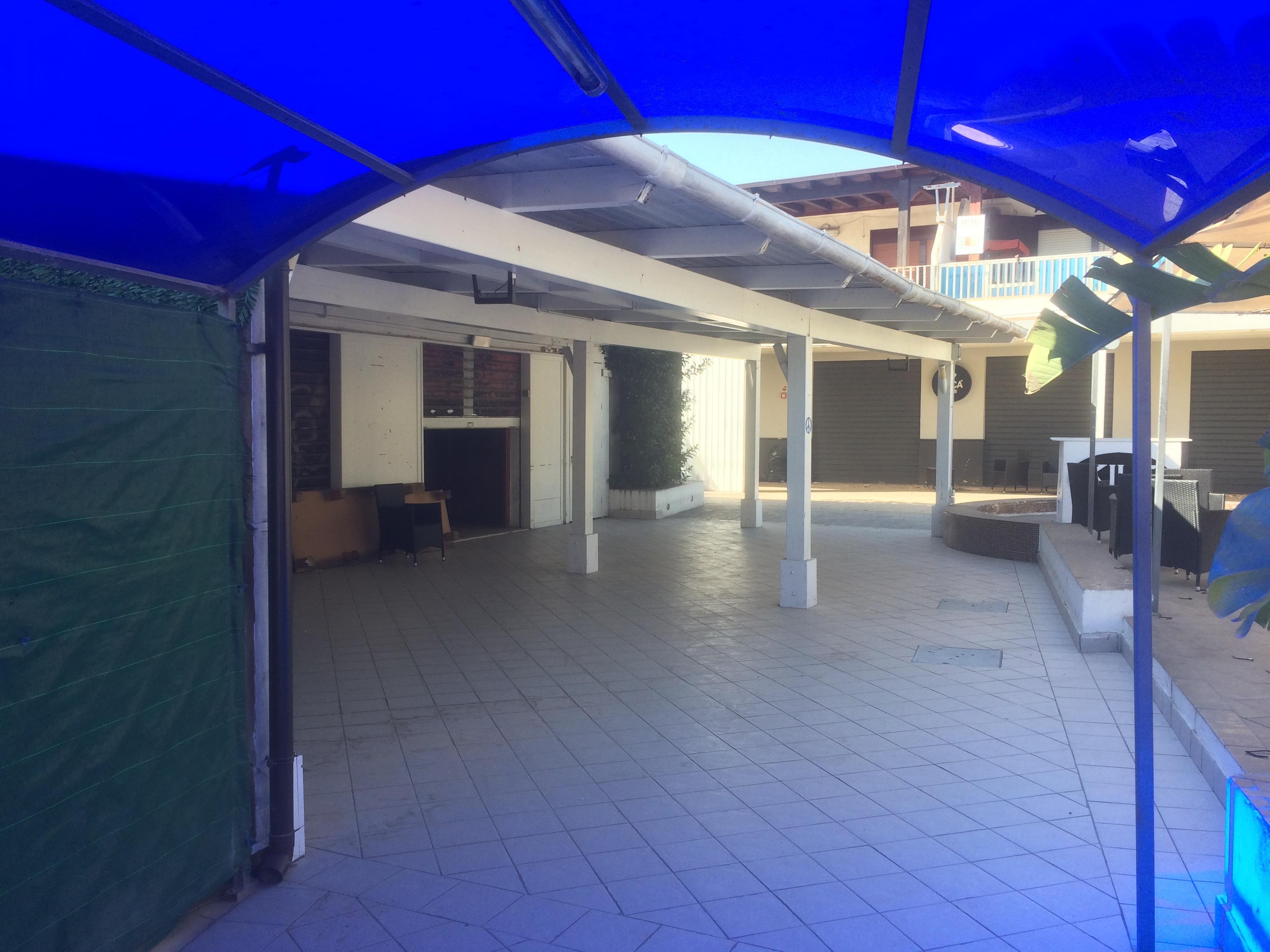 Locale Commerciale San Leone