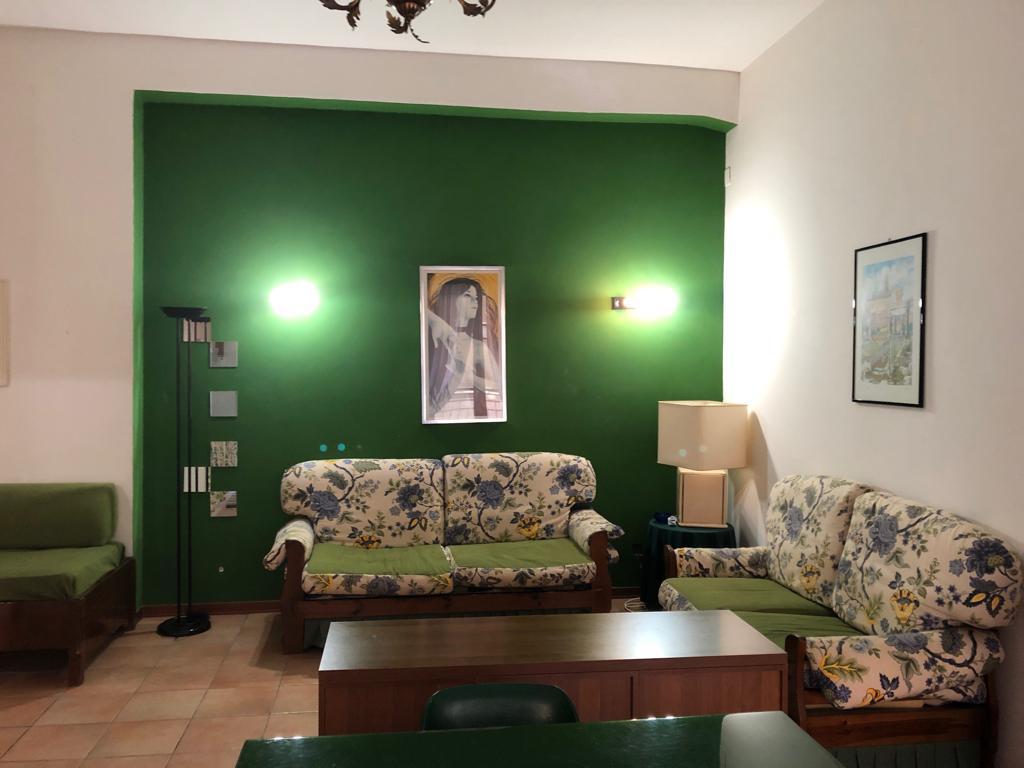 Appartamento arredato  Viale Emporium